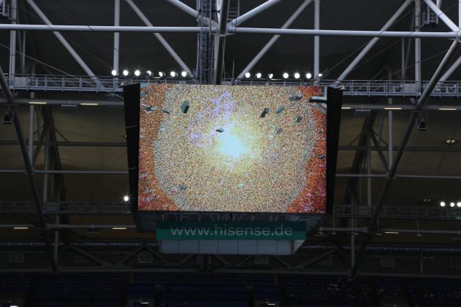 Hisense Videowürfel in der Veltins-Arena