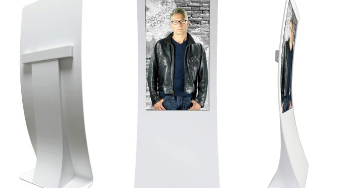 <strong>Organic Design OLED-Stele von MediaScreen</strong>
