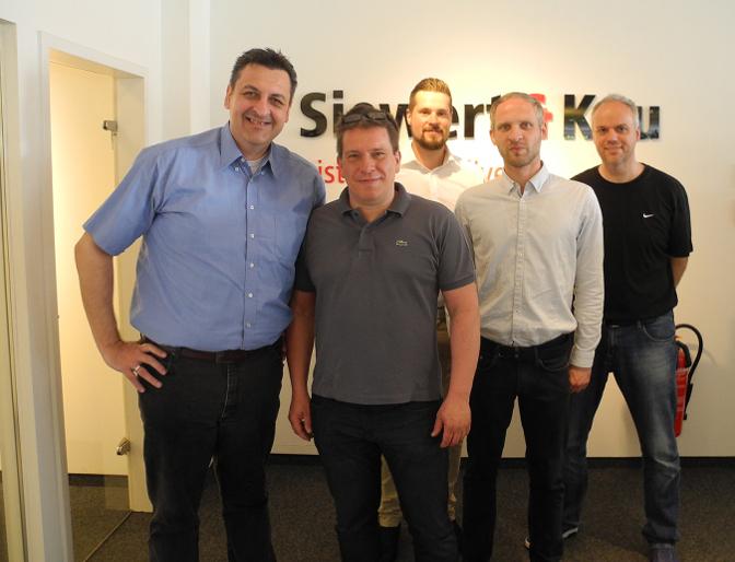 Starkes Team: Siewert & Kau und Peeless-AV
